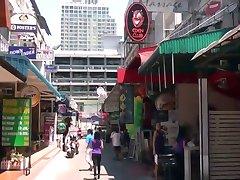 Club Eden Bangkok-door PACKMANS