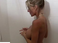 Cougar Armani Knight Soapy Shower