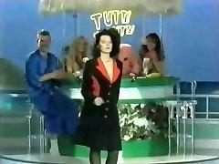 Tutti Frutti - Grote Tieten Striptease