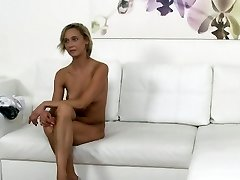 Czech blonde waitress ravages in casting
