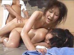 tenåring og gamle Japanske babes få misbrukt og knullet på et spa
