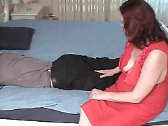 Stepmom with saggy tits & guy have a position 69