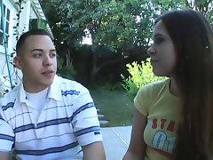 Hailey Young & Chicos de la Fraternidad COLEGIO PORNO ((Cochinadas))
