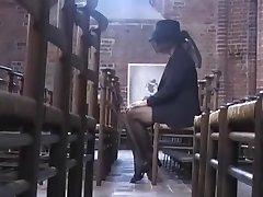 Beate Dumas - La Veuve consolador par des bricoleurs