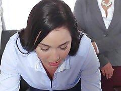 TeenCurves - Keisha Grey Folla Sumisa Secretario Karlee Grey