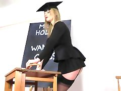 Holly Kiss Jerk Off di classe per le Fatture Mieli