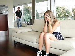 TeenPies-Brace-Face Cutie Creampied Durch Den Vater-In-Law