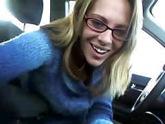 Naughty Lady flashes in Car !!