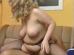 Young chubby woman fuck