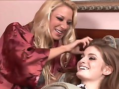 Faye Reagan and Nayomi Knight Lesbian Adventure