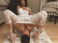 Hot Latina sits on hubbies face