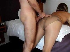Cum on my pantyhosed ass