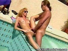 Classic poolside boinking