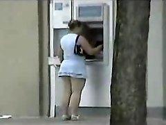 Veřejnosti koukání pod sukně BBW