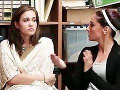 ShopLyfter-妈妈和女儿被抓住&搞砸了因为偷窃