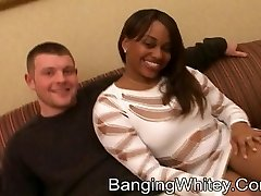 2 white dicks nailing 1 black whore with a gravy shower