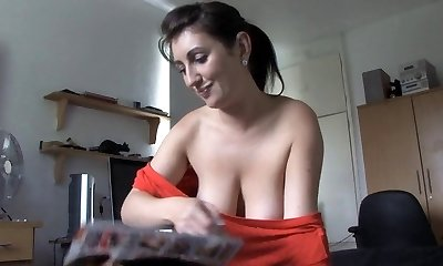 Mother speaking with boobs out - spy movie voyeur