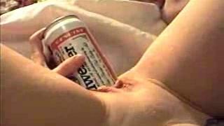 Elisabeth Dime 24 oz. Budweiser can insertion