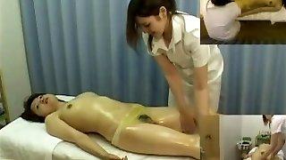 Massage hidden camera films a damsel giving hj
