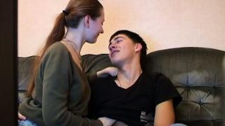 Εντατική pleasuring για έφηβος