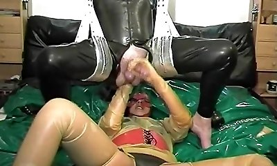 antieke rubber spandex duo achterkant gaat knuckle diep popshot