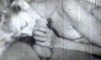 Vintage fuckers pounding pussy