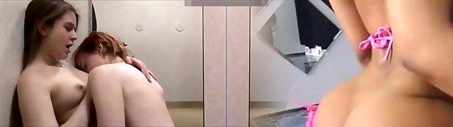 CUTE TEENS Boink IN DRESSING ROOM!