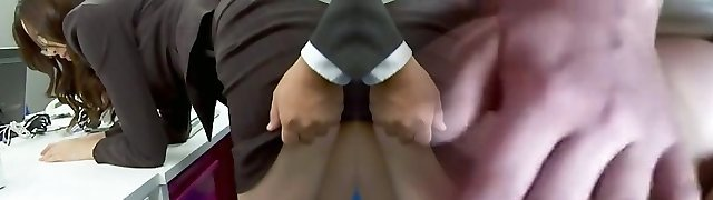 Mind-blowing office chick bending over and fucked har