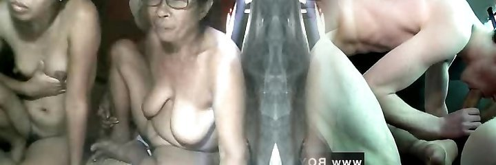 FILIPINA Grannie AND NOT HER GRANdaughter SHOWING ON Web Cam