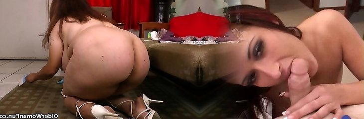 My favourite videos of Latina cougars cleaning