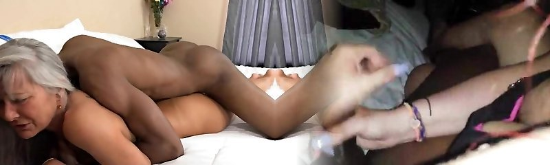 Mature Astounding Body Fucked In Hotel From Her Black Paramour