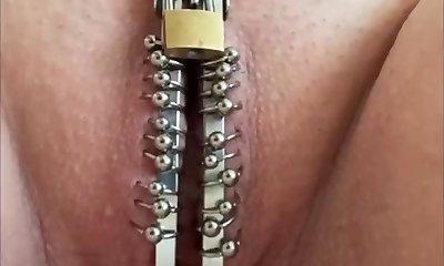 Piercing bdsm