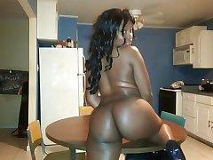 100 Beautiful Black Women