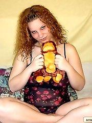 Wild fat hottie fucking her toy monkey!br