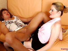 Pantyhosed sissy guy jerking off while getting strap-on fucked by hottie