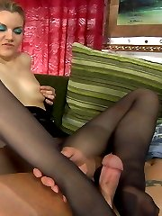 Horny guy prepares babes pantyhosed feet for footjob before hot fucking