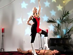 Mistress Lorelei Lee gives Steve an electrified experience on his third day of training! Lorelei...