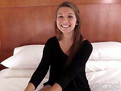 Super Cute Ariana's First Porno