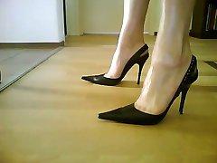 Sexy black Slingback Heels