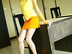 Slim Thai hottie strips and poses