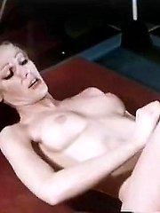Veronica Hart, Lisa De Leeuw, John Alderman in vintage fuck scene