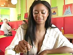 Tyra flashing in restaurant!!