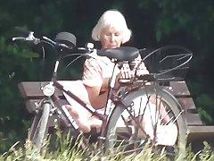 Teaser - Public cumshot for Granny in the park