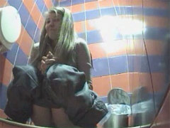 Young pissers tinkling in front of spy cam