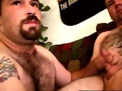 Straight redneck bear amateur sucks dude