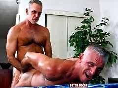 I love older guys, and I love to watch them fuck, much less inhibited than young guys, they know what they like, and they know what feels good. Jeff and Josh are no exception and suck, rim and fuck their way to a splattery frenzy....