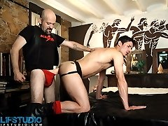 Alfa Jota and Carlos Perez have loads of experience with fetish sex. In fact, when it comes to...