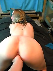 Horny chick playing with her moist snatch