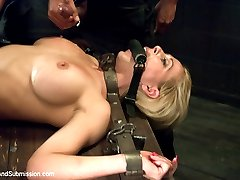 The super sexy Cherie Deville makes her debut on Sex and Submission! With a genuine love for...