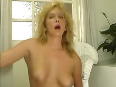 Vintage clip of cock riding - Julia Reaves